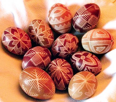 Hímestojás, késsel írott tojás, kapart tojás, karcolt tojás, pásztorművészet, hímes tojás
